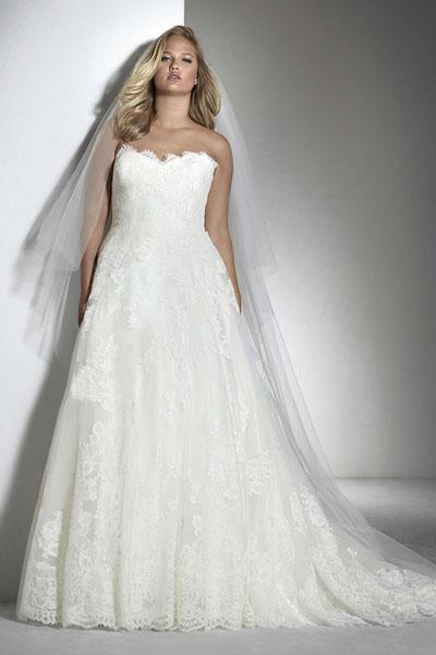 Brautmode-Scholz-White-One-Plus-Size-Fabil.jpg