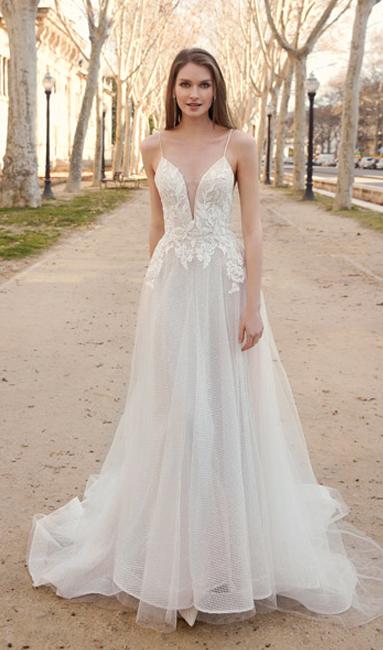 Eva Scholz Brautmode Koln Brautkleider Hochzeitskleider In Koln